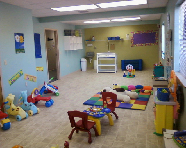 infant and toddler classroom Ccei900- safety in the infant/toddler classroom - handout welcome to ccei900 as an infant/toddler caregiver, you cannot prevent all of life′s bumps and bruises.